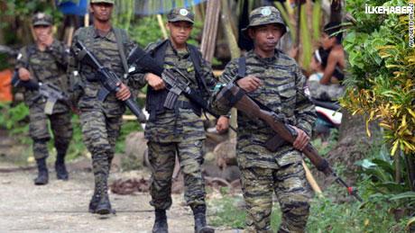 Filipinler'de 40 yıllık savaş sona erdi! galerisi resim 17