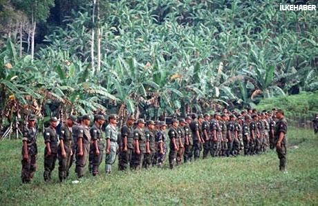 Filipinler'de 40 yıllık savaş sona erdi! galerisi resim 5