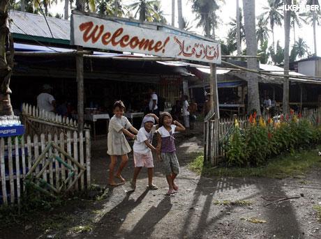 Filipinler'de 40 yıllık savaş sona erdi! galerisi resim 6