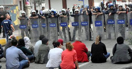BDP'li Vekillere biber gazlı müdahale galerisi resim 1
