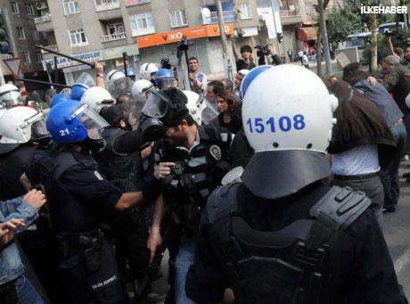 BDP'li Vekillere biber gazlı müdahale galerisi resim 13