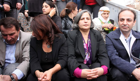 BDP'li Vekillere biber gazlı müdahale galerisi resim 3