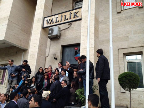 Diyarbakır'da BDP'li vekiller valiliği bastı! galerisi resim 12