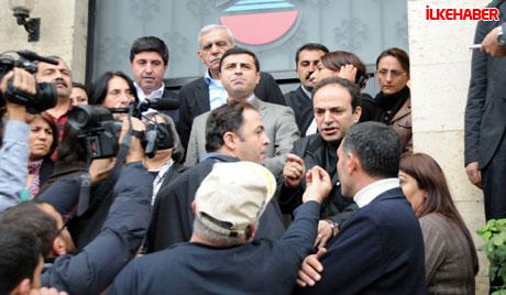 Diyarbakır'da BDP'li vekiller valiliği bastı! galerisi resim 14