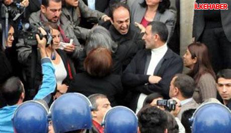 Diyarbakır'da BDP'li vekiller valiliği bastı! galerisi resim 15