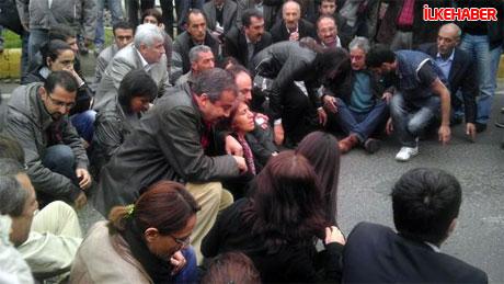 Diyarbakır'da BDP'li vekiller valiliği bastı! galerisi resim 5