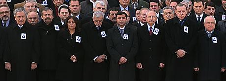 Şerafettin Elçi için Meclis'te tören düzenlendi galerisi resim 11