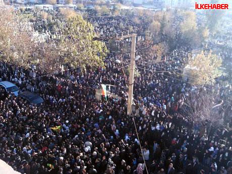 Şerafettin Elçi'yi 100 bin kişi uğurladı galerisi resim 13