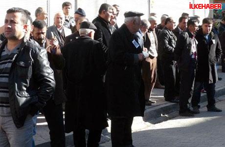 Şerafettin Elçi'yi 100 bin kişi uğurladı galerisi resim 15