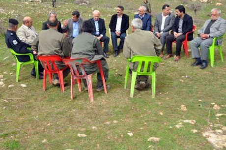 PKK, kamu görevlisi ve askerleri serbest bıraktı galerisi resim 19