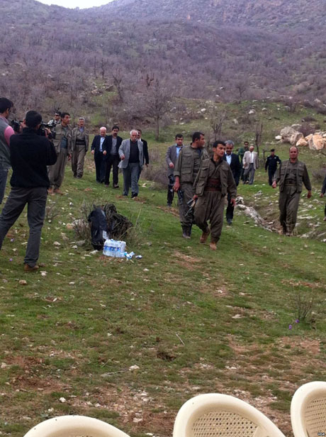 PKK, kamu görevlisi ve askerleri serbest bıraktı galerisi resim 25