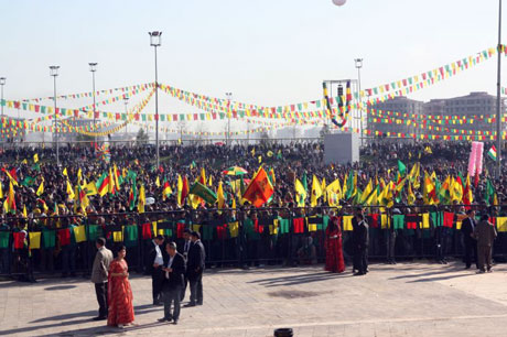 Tarihi 2013 Newroz'undan kareler galerisi resim 1