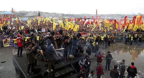 Tarihi 2013 Newroz'undan kareler galerisi resim 11