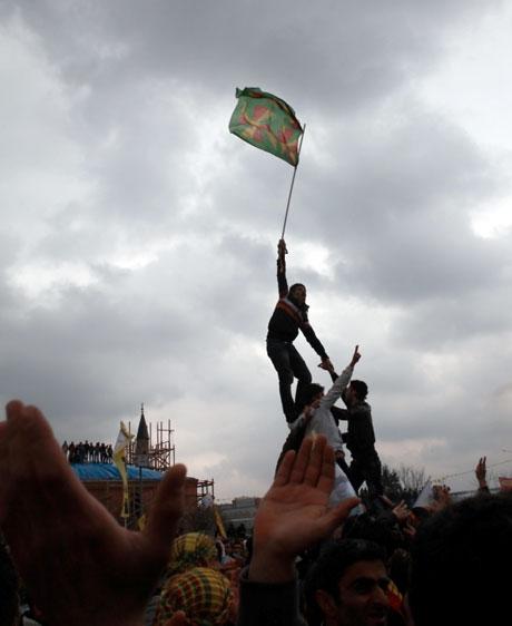 Tarihi 2013 Newroz'undan kareler galerisi resim 16