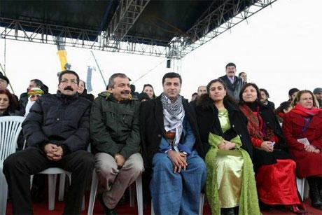 Tarihi 2013 Newroz'undan kareler galerisi resim 42