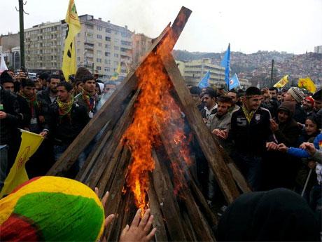Tarihi 2013 Newroz'undan kareler galerisi resim 44