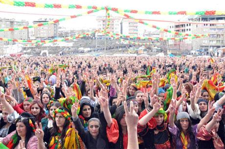 Tarihi 2013 Newroz'undan kareler galerisi resim 47