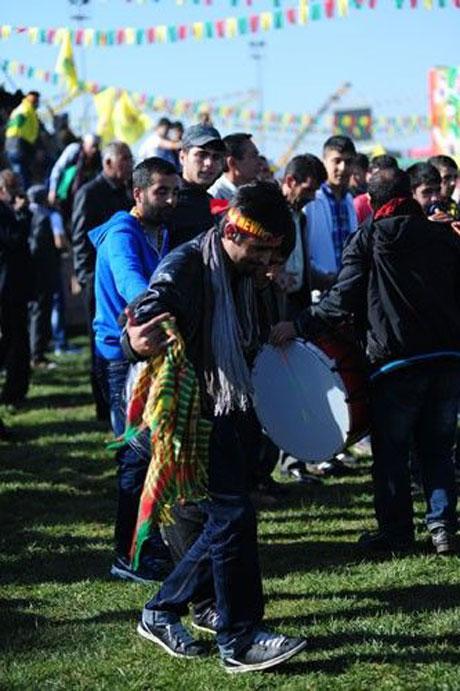 Tarihi 2013 Newroz'undan kareler galerisi resim 58