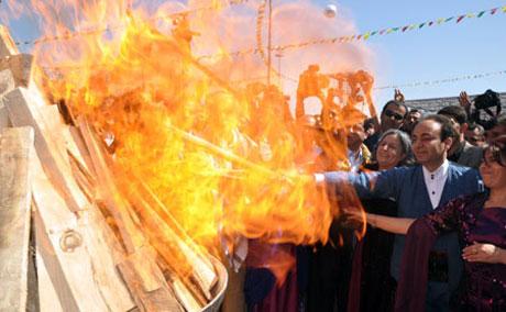 Tarihi 2013 Newroz'undan kareler galerisi resim 68