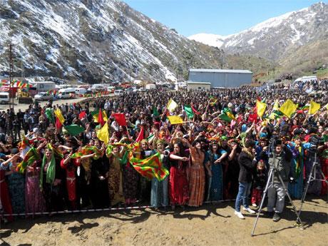 Tarihi 2013 Newroz'undan kareler galerisi resim 75