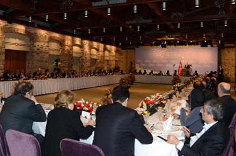 Başbakan Akil Adamlarla biraraya geldi galerisi resim 15