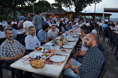 Nûbihar'ın iftar yemeğine büyük ilgi galerisi resim 35