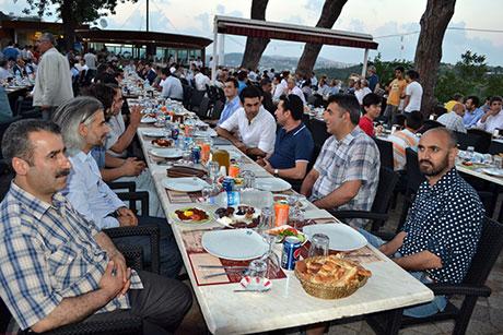 Nûbihar'ın iftar yemeğine büyük ilgi galerisi resim 36
