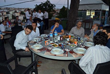Nûbihar'ın iftar yemeğine büyük ilgi galerisi resim 41