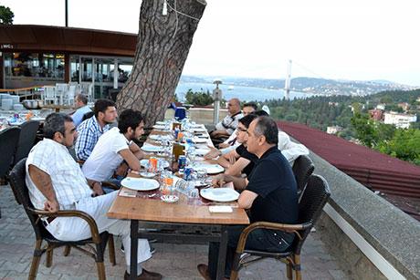 Nûbihar'ın iftar yemeğine büyük ilgi galerisi resim 8