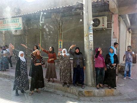 Nusaybin'de-Rojava'da duvar protesto edildi galerisi resim 14