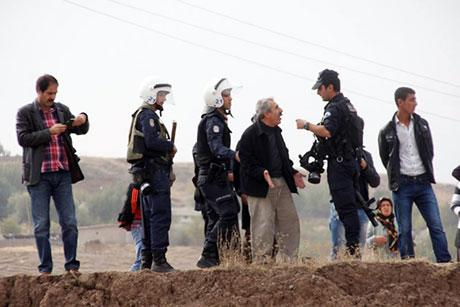 Nusaybin'de-Rojava'da duvar protesto edildi galerisi resim 35
