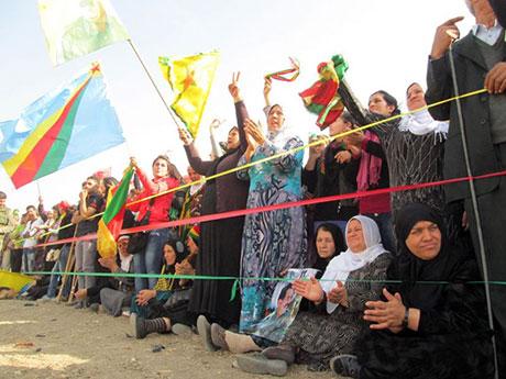 Nusaybin'de-Rojava'da duvar protesto edildi galerisi resim 47