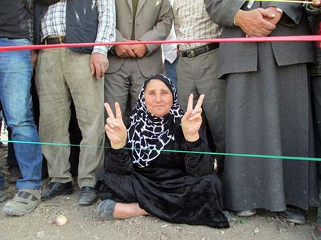 Nusaybin'de-Rojava'da duvar protesto edildi galerisi resim 48