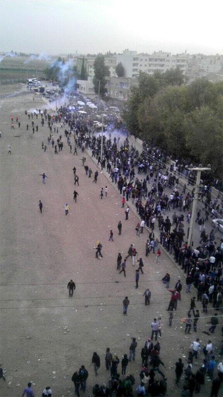 Nusaybin'de-Rojava'da duvar protesto edildi galerisi resim 55