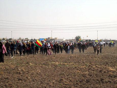 Nusaybin'de-Rojava'da duvar protesto edildi galerisi resim 56
