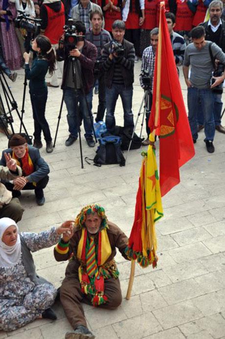 Nusaybin'de-Rojava'da duvar protesto edildi galerisi resim 58