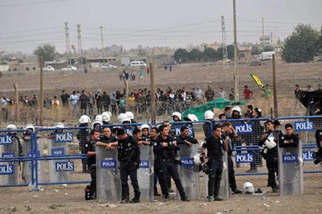 Nusaybin'de-Rojava'da duvar protesto edildi galerisi resim 59
