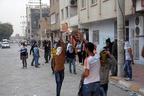 Nusaybin'de-Rojava'da duvar protesto edildi galerisi resim 64
