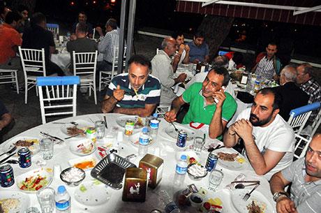 Nûbihar'ın iftar yemeğine büyük ilgi galerisi resim 11