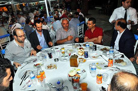 Nûbihar'ın iftar yemeğine büyük ilgi galerisi resim 13