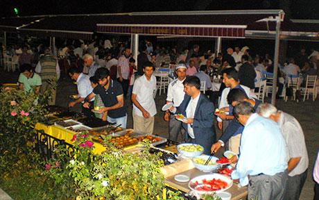 Nûbihar'ın iftar yemeğine büyük ilgi galerisi resim 55