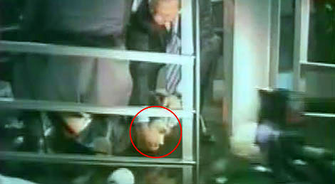IMF Başkanı'na ayakkabı şoku! galerisi resim 4