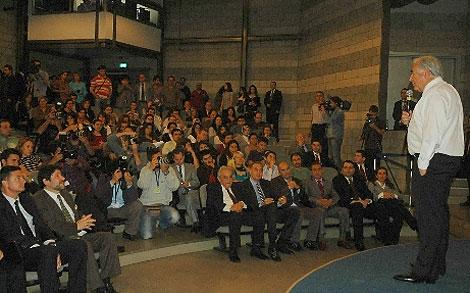 IMF Başkanı'na ayakkabı şoku! galerisi resim 6