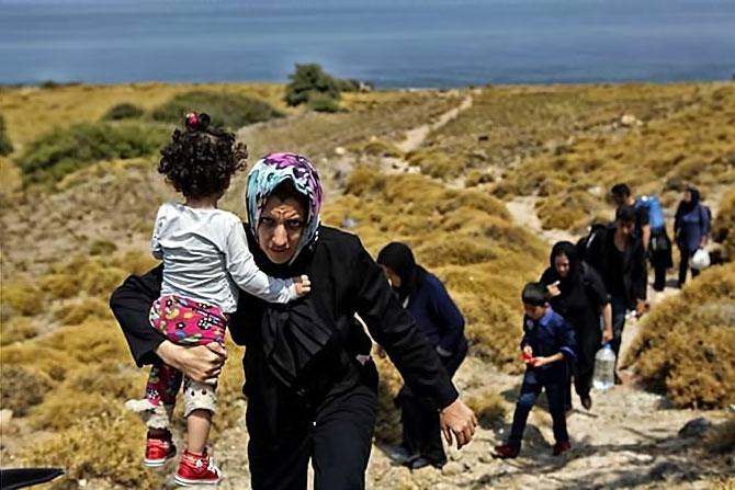 Fotoğraflarla hedefe ulaşan sığınmacıların sevinci galerisi resim 10