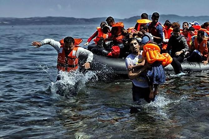 Fotoğraflarla hedefe ulaşan sığınmacıların sevinci galerisi resim 3
