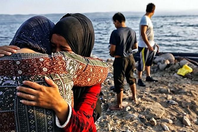 Fotoğraflarla hedefe ulaşan sığınmacıların sevinci galerisi resim 4