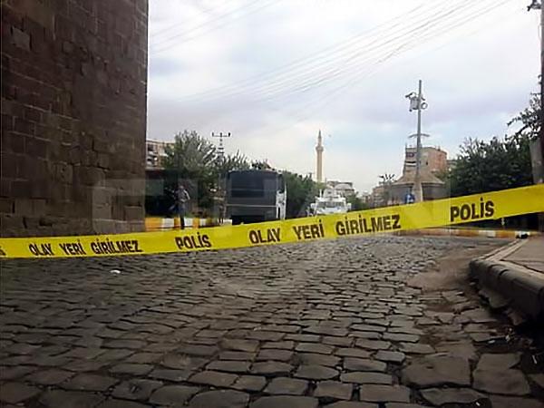 Diyarbakır'ın Sur ilçesinde sokağa çıkma yasağı galerisi resim 2