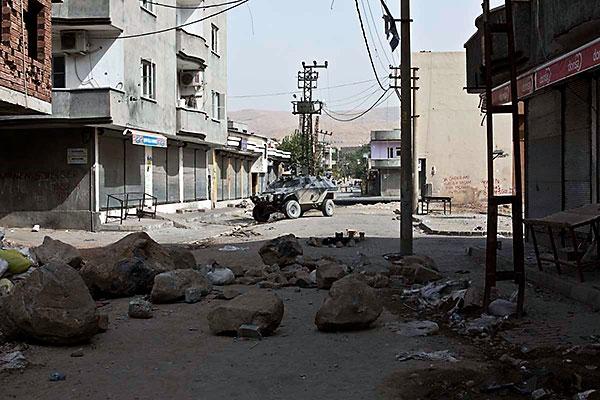 En çarpıcı fotoğraflarla Cizre'de yaşananlar galerisi resim 23