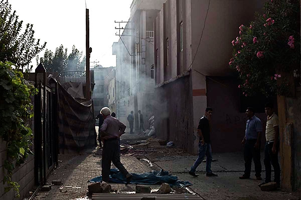 En çarpıcı fotoğraflarla Cizre'de yaşananlar galerisi resim 7