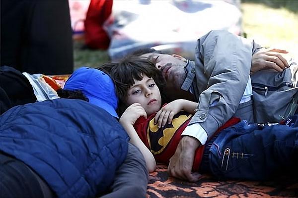 Çocuk gözüyle sığınmacıların dramı galerisi resim 15